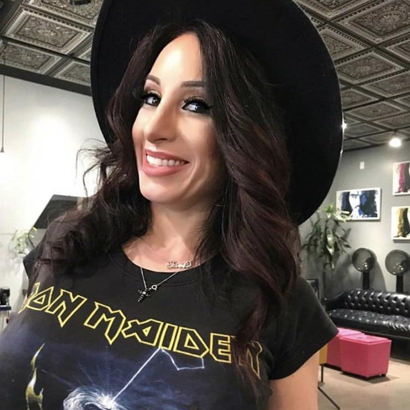 Amanda Stanely The Hair Standard Las Vegas selfie